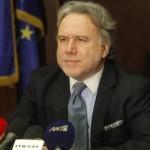 Αντιπαράθεση Κατρούγκαλου με τον συντάκτη του δημοσιεύματος: Λειτουργεί βάσει συμβολαίου από ΝΔ και ΠΑΣΟΚ (βίντεο)
